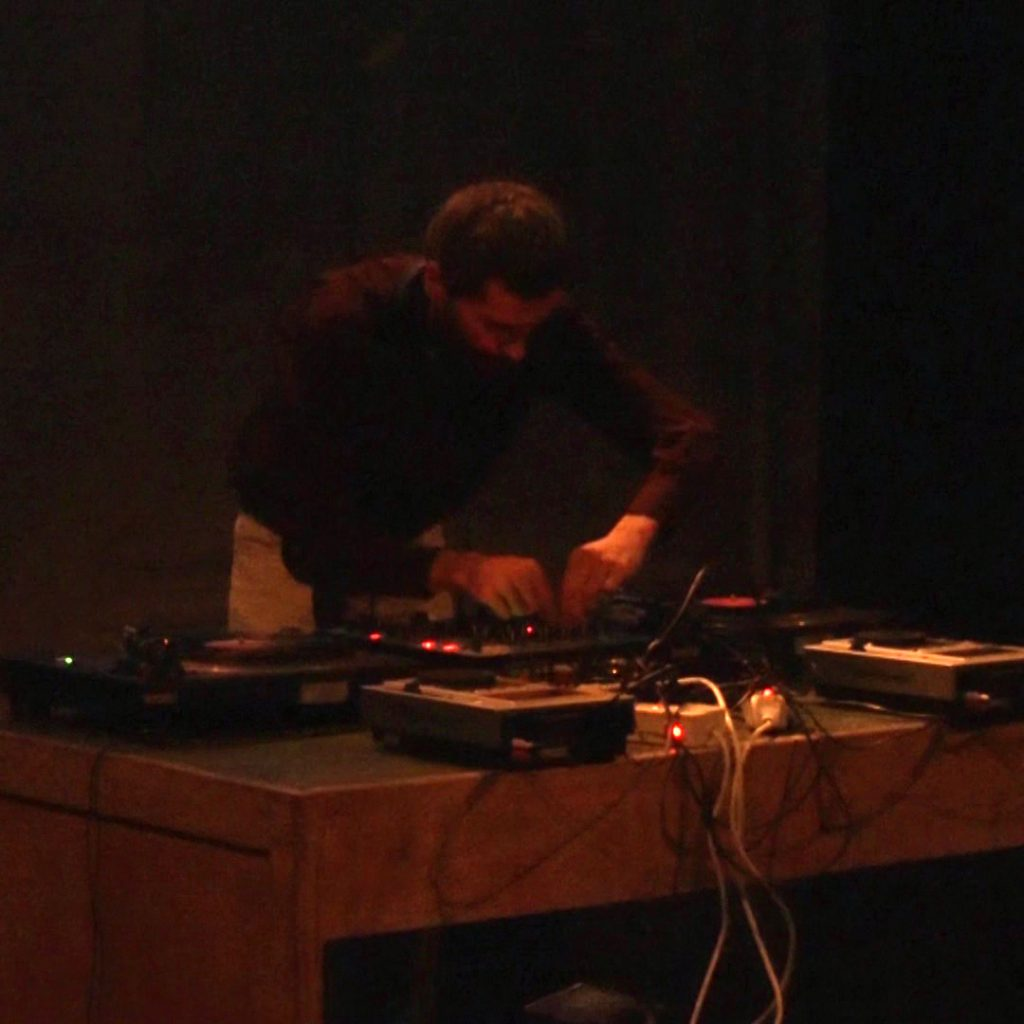 PAYNOMINDTOUS.IT RECORDING#15: Luca Garino [DJSET @ISAO Festival XXIII, Turin, 22/09/16] image 1