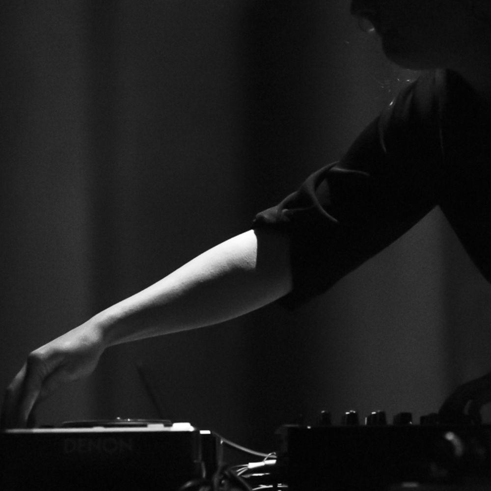 PAYNOMINDTOUS.IT RECORDING#18: Gea Brown [LIVE @ Inside Lottozero & Transart Festival | Kunsthalle Eurocenter, 17/09/16] image 1