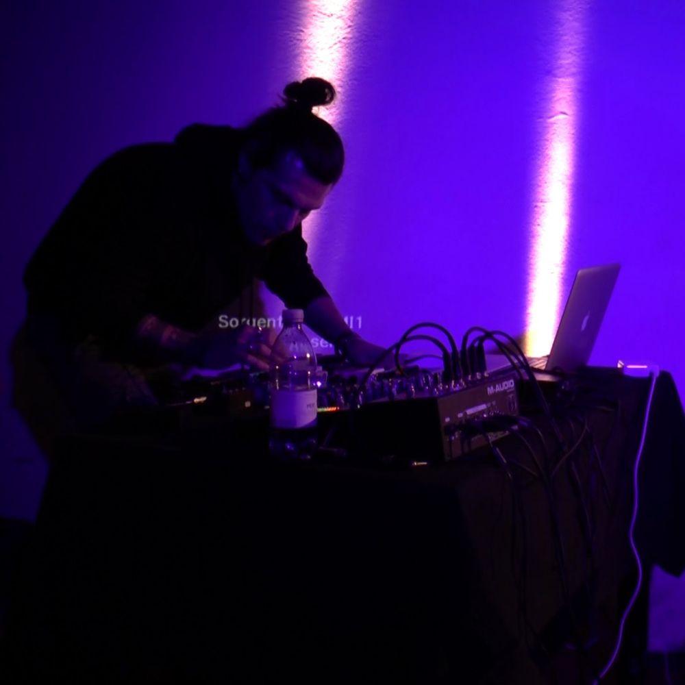 PAYNOMINDTOUS.IT RECORDING#23: Mademoiselle Bistouri [LIVE @Carmen Town, Brescia, 04/12/16] image 2