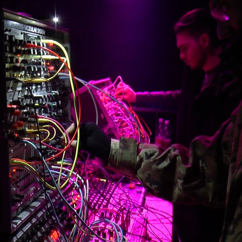 Un'intervista a Luciano Lamanna e Davide Ricci @ Martin Pas Synth Shop + MUSICAUTOMATICA#1 @ Bunker, 21/01/17 Pay no mind to us, we're just a minor threat. 2