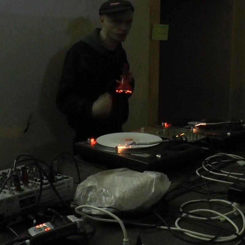 PAYNOMINDTOUS.IT RECORDING#34: DJ Balli [DJSET] @Radio Blackout x Cavallerizza Reale, Turin, 08/04/17 image 1